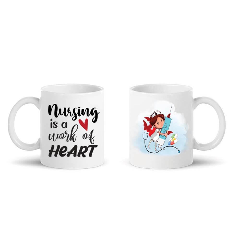 nursing is a work of heart mugs, mug, skodelica_za_medicinske_sestre, darilo, tisk, rerum, unikatna skodelica, darilo_za_medicinsko_sestro
